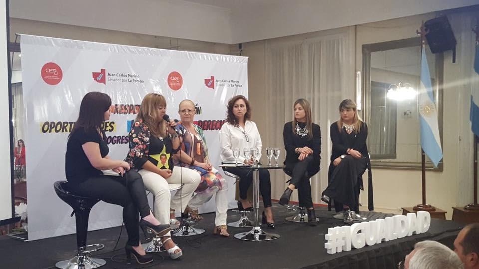 """""""El encuentro fue una oportunidad impresionante para que las mujeres puedan mostrar las diferentes historias que a cada una le tocó vivir"""", aseguró Roxana Lercari."""